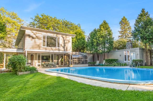 1908 W Bonniwell Rd, Mequon, WI 53097 (#1672696) :: Tom Didier Real Estate Team