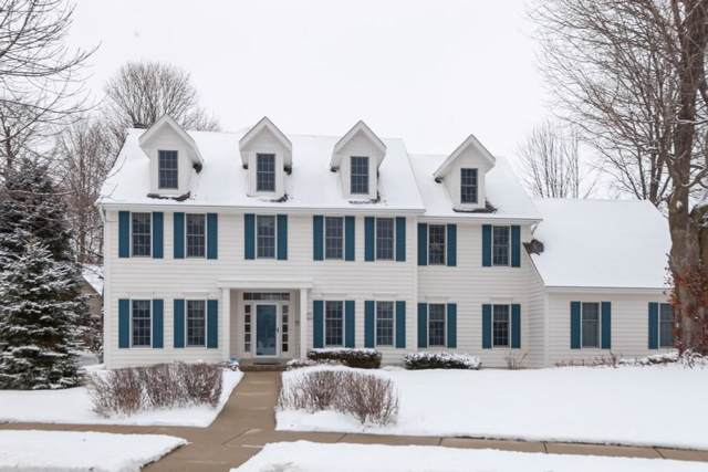 W73N333 Cedar Pointe Ave, Cedarburg, WI 53012 (#1672766) :: Tom Didier Real Estate Team