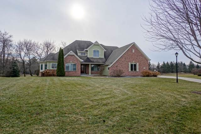 357 Switch Grass Ct, Hartland, WI 53029 (#1672784) :: RE/MAX Service First Service First Pros