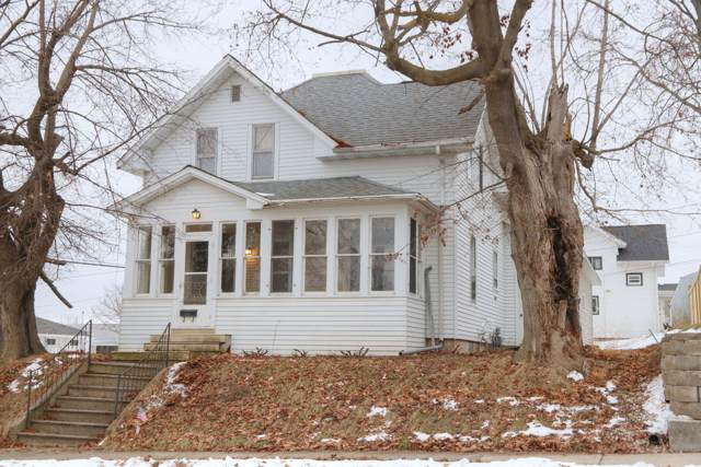 2228 Jackson St, New Holstein, WI 53062 (#1673172) :: RE/MAX Service First Service First Pros
