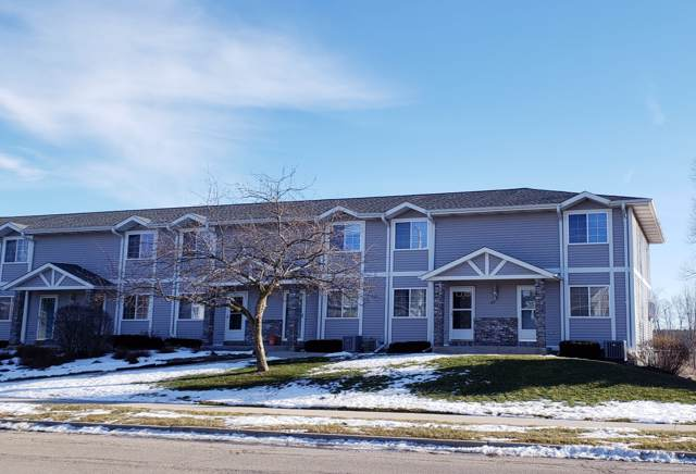 629 Shepherds Dr #1, West Bend, WI 53090 (#1673255) :: Tom Didier Real Estate Team