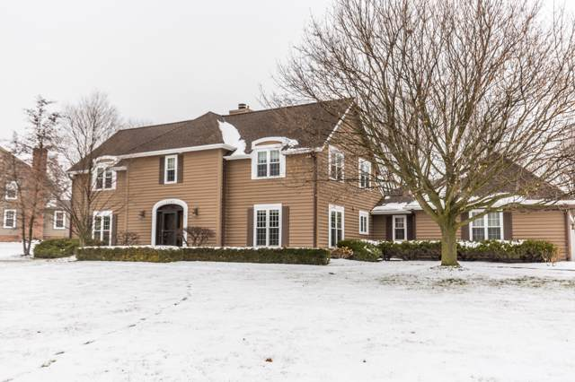 2040 Vincent Dr, Brookfield, WI 53045 (#1673415) :: RE/MAX Service First Service First Pros