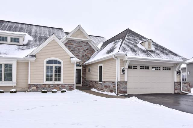 1800 Lindens Ct #33, Oconomowoc, WI 53066 (#1673427) :: RE/MAX Service First Service First Pros