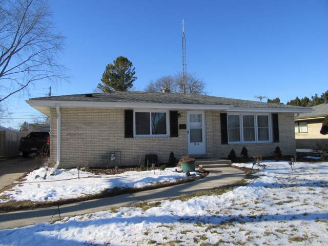 3816 Erie St, Racine, WI 53402 (#1673432) :: RE/MAX Service First Service First Pros