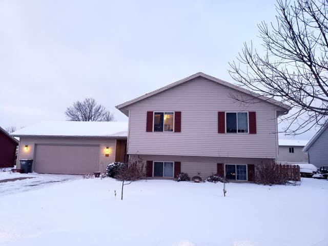 221 Kenneda St, Holmen, WI 54636 (#1673671) :: RE/MAX Service First Service First Pros