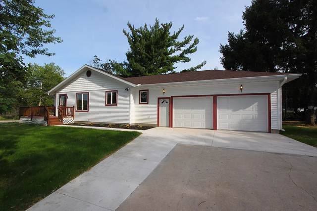 401 N Church St, Elkhorn, WI 53121 (#1673863) :: Keller Williams Momentum