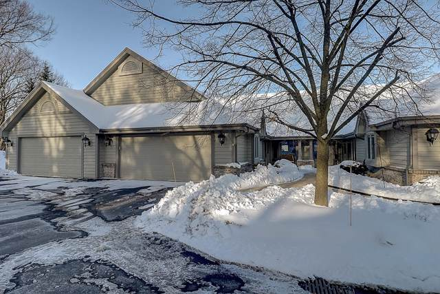 N14W30125 High Ridge Rd, Delafield, WI 53072 (#1673909) :: RE/MAX Service First Service First Pros
