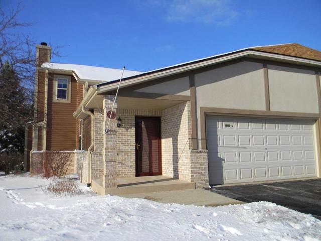 N113W16166 Sylvan Cir A, Germantown, WI 53022 (#1674031) :: Tom Didier Real Estate Team
