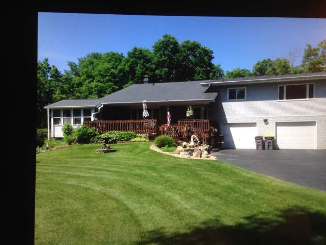 W6787 Hidden Valley Rd, Onalaska, WI 54636 (#1674109) :: RE/MAX Service First Service First Pros
