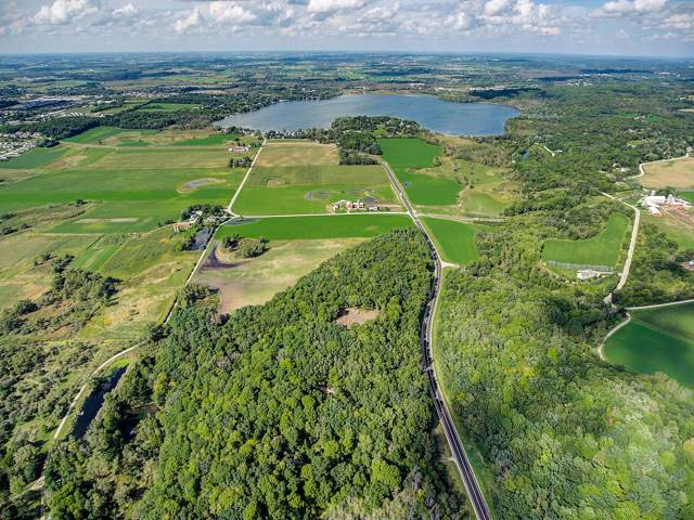 2700 County Road K, Hartford, WI 53027 (#1674922) :: Tom Didier Real Estate Team