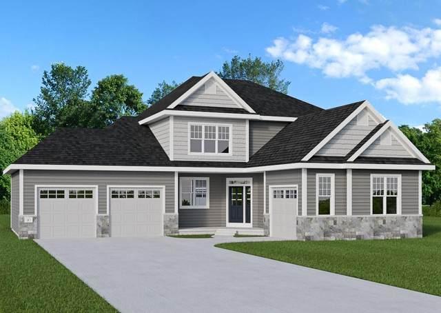 N61W21378 Legacy Trl, Menomonee Falls, WI 53051 (#1674935) :: RE/MAX Service First Service First Pros