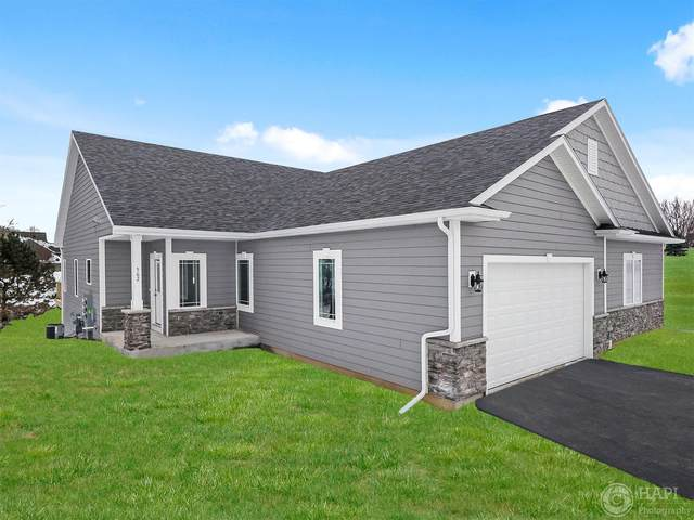 562 Tindalls Nest, Twin Lakes, WI 53181 (#1675636) :: Tom Didier Real Estate Team