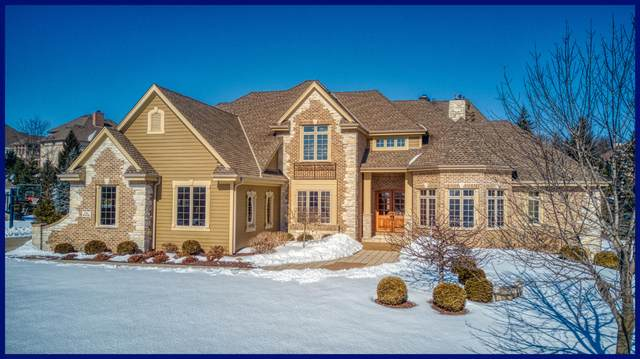 N52W21378 Golfview Dr, Menomonee Falls, WI 53051 (#1675973) :: Keller Williams Realty Milwaukee North Shore