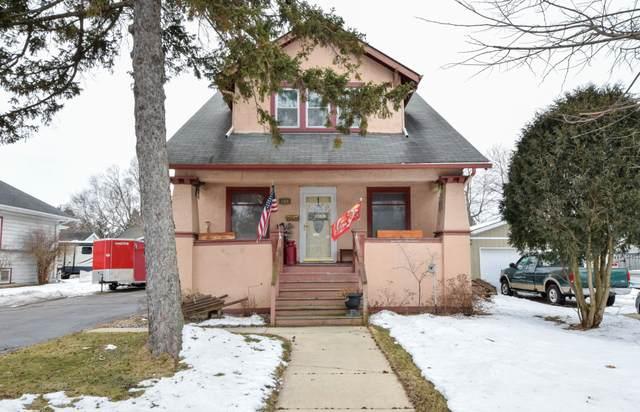 606 N Wisconsin St, Elkhorn, WI 53121 (#1676233) :: Keller Williams Realty - Milwaukee Southwest