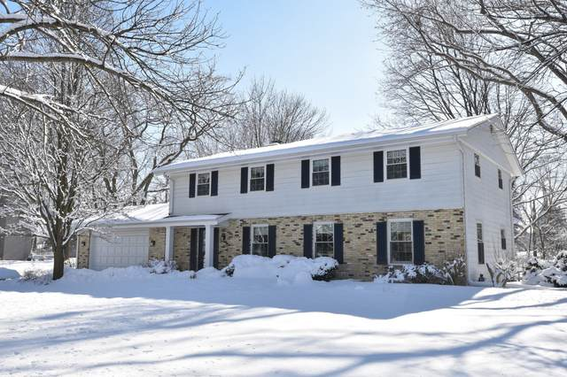 18455 Gate Post Rd, Brookfield, WI 53045 (#1676252) :: RE/MAX Service First Service First Pros
