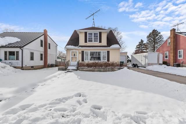 211 Spring St, Campbellsport, WI 53010 (#1676254) :: Tom Didier Real Estate Team