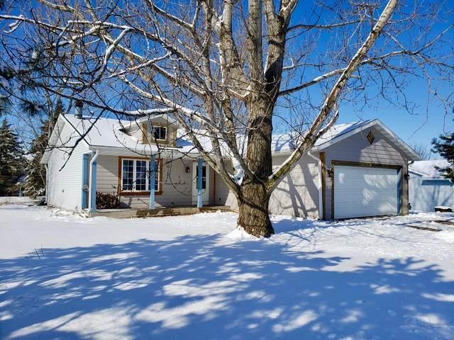 1722 S Meadow Ln, Elkhorn, WI 53121 (#1676277) :: Keller Williams Realty - Milwaukee Southwest