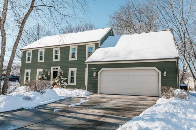 N99W7284 Kingston Ct, Cedarburg, WI 53012 (#1676354) :: Tom Didier Real Estate Team