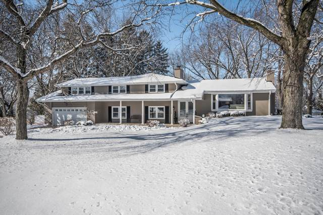 13460 Bobby Ln, Elm Grove, WI 53122 (#1676368) :: Keller Williams Momentum