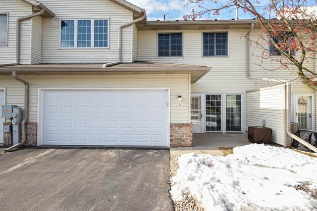 2415 Fox River Pkwy H, Waukesha, WI 53189 (#1676409) :: Keller Williams Realty Milwaukee North Shore