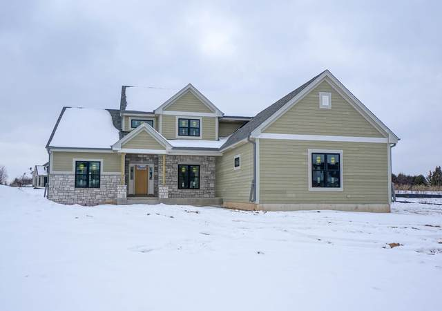 W132N6767 West View Cir, Menomonee Falls, WI 53051 (#1676467) :: Keller Williams Realty Milwaukee North Shore