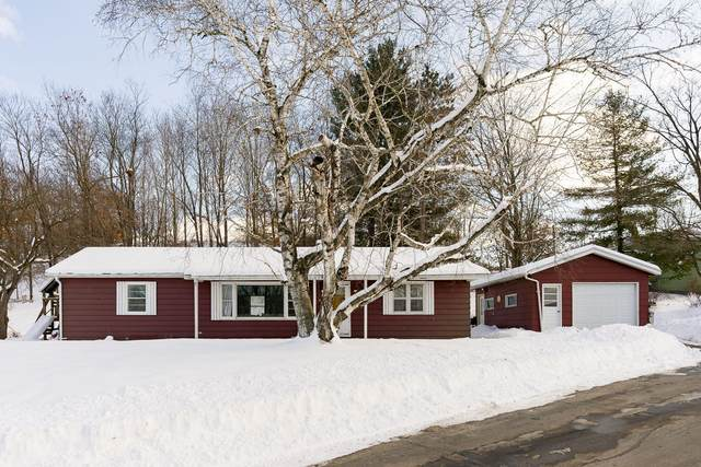 300 Lier St, Coon Valley, WI 54623 (#1676741) :: RE/MAX Service First Service First Pros