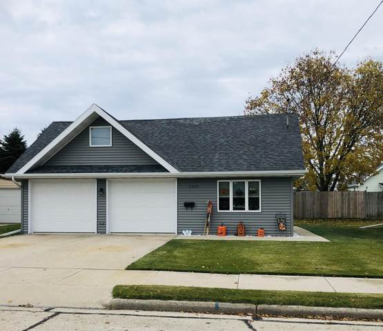 2309 9Th Place, Two Rivers, WI 54241 (#1676750) :: RE/MAX Service First Service First Pros