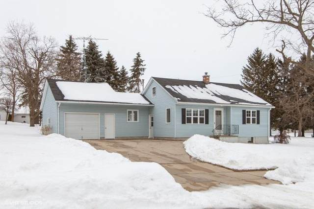 1010 Mary Ln, Lomira, WI 53048 (#1676818) :: RE/MAX Service First Service First Pros