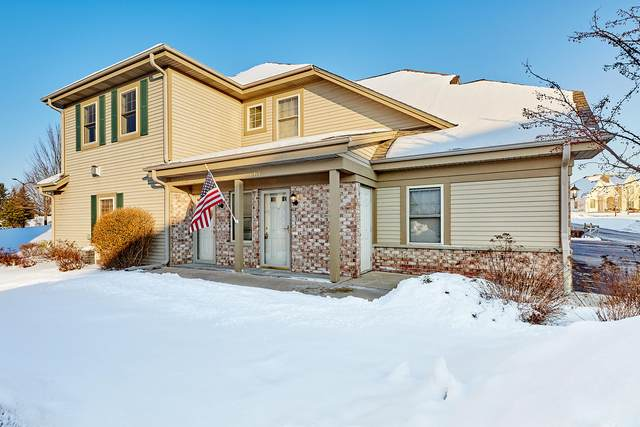 N55W17144 Ravenwood Dr, Menomonee Falls, WI 53051 (#1676819) :: Keller Williams Realty Milwaukee North Shore