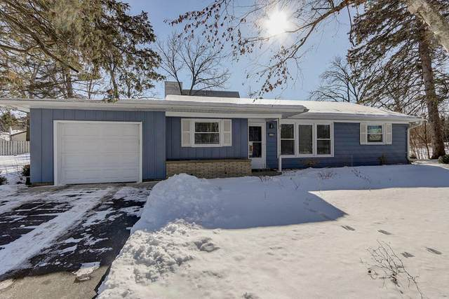 9999 W Grange Ave, Hales Corners, WI 53130 (#1676844) :: Keller Williams Realty Milwaukee North Shore