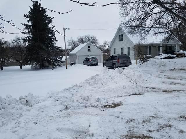 S32W22983 Sunset Drive, Waukesha, WI 53189 (#1676847) :: Keller Williams Realty Milwaukee North Shore