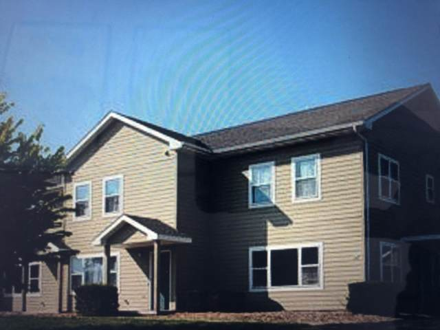 549 S Gault St, Whitewater, WI 53190 (#1676920) :: Tom Didier Real Estate Team