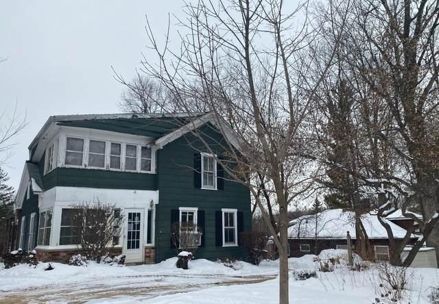 2445 N Brookfield Road, Brookfield, WI 53045 (#1676958) :: Keller Williams Realty Milwaukee North Shore
