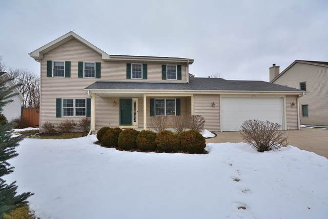 8155 S 42nd St, Franklin, WI 53132 (#1676973) :: Keller Williams Realty Milwaukee North Shore