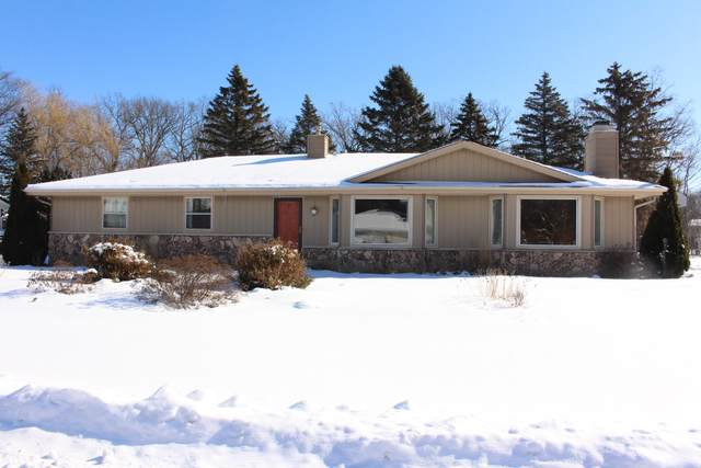 4788 W Grange Ave, Greenfield, WI 53220 (#1677037) :: Keller Williams Realty Milwaukee North Shore