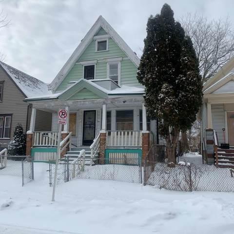 2813 N 21st St, Milwaukee, WI 53206 (#1677084) :: Keller Williams Realty Milwaukee North Shore