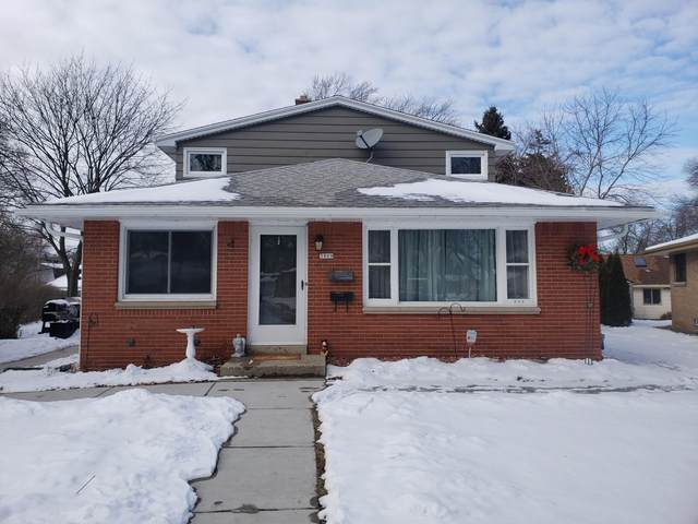 3809 S Griffin Ave, Milwaukee, WI 53207 (#1677126) :: Keller Williams Realty Milwaukee North Shore