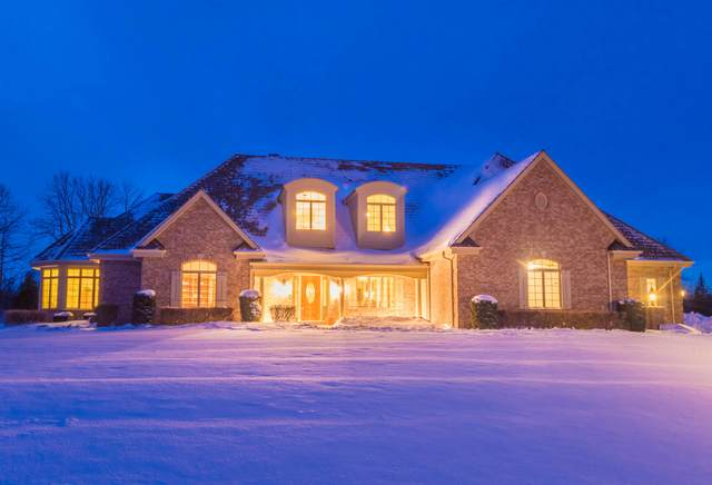 12855 N Birch Creek Rd, Mequon, WI 53097 (#1677349) :: Tom Didier Real Estate Team