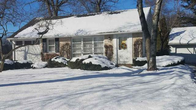 6835 N Reynard Rd, Fox Point, WI 53217 (#1677491) :: Tom Didier Real Estate Team
