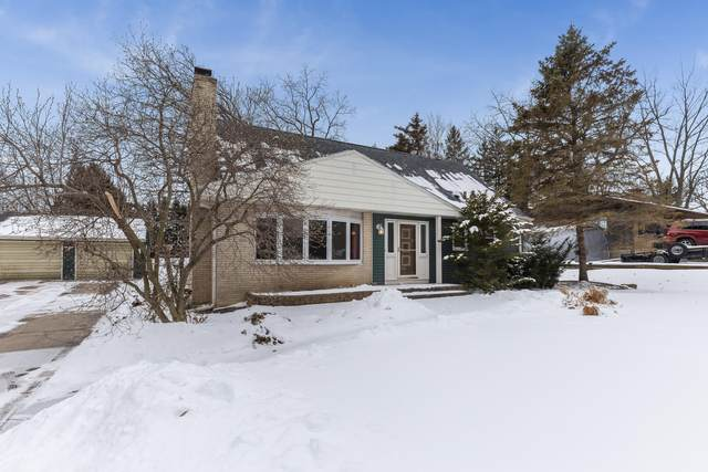 4221 18th St, Somers, WI 53144 (#1677512) :: RE/MAX Service First Service First Pros