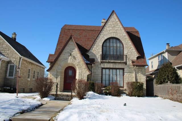 3169 S 25th St, Milwaukee, WI 53215 (#1677514) :: Keller Williams Realty Milwaukee North Shore