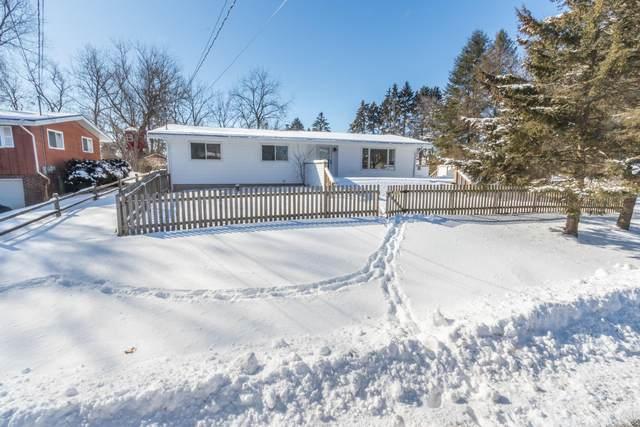 40717 92nd St, Randall, WI 53128 (#1677525) :: Tom Didier Real Estate Team
