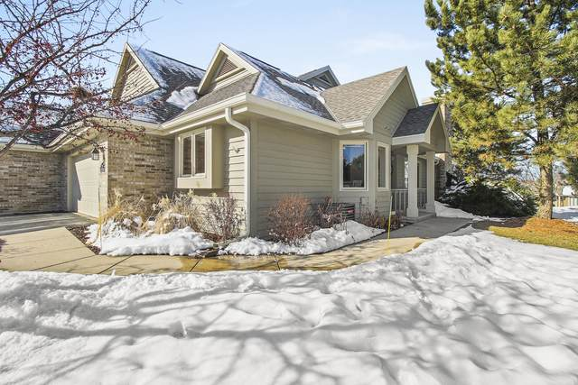 N21W24300 Cumberland Dr 28J, Pewaukee, WI 53072 (#1677535) :: RE/MAX Service First Service First Pros