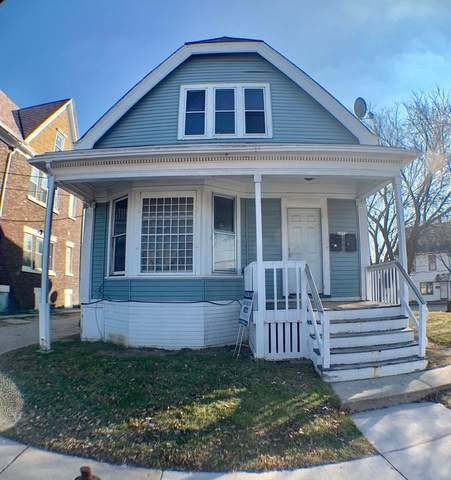 1077 W Windlake Ave, Milwaukee, WI 53204 (#1677556) :: Keller Williams Realty Milwaukee North Shore