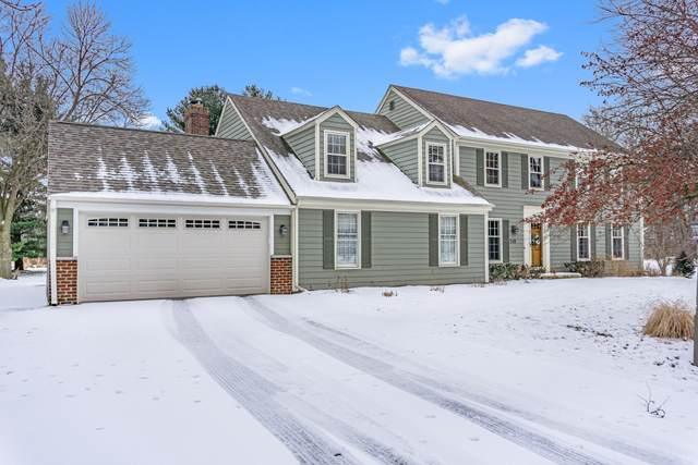 248 Fieldstone Rd, Delafield, WI 53018 (#1677604) :: RE/MAX Service First Service First Pros