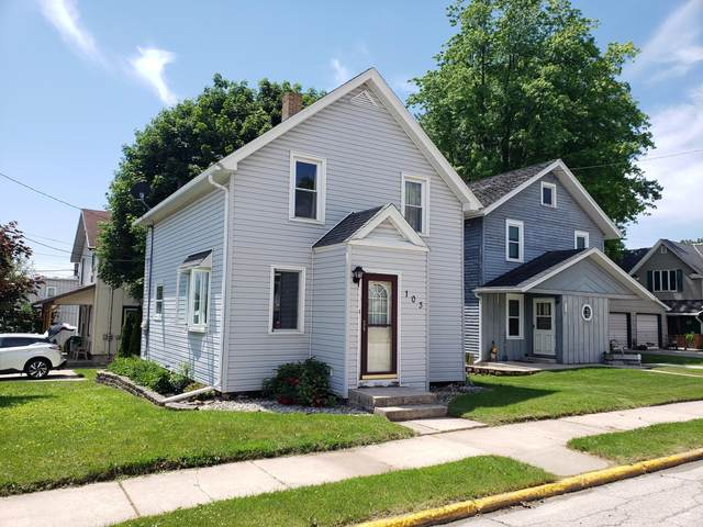 103 Grant St, Valders, WI 54245 (#1677745) :: RE/MAX Service First Service First Pros