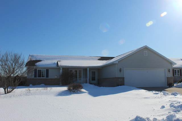 2906 Sandy Ridge Dr., Two Rivers, WI 54241 (#1677828) :: RE/MAX Service First Service First Pros