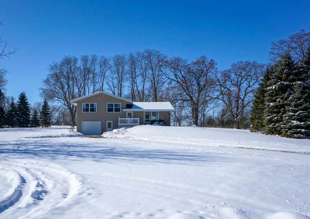 W193 Park Dr, Concord, WI 53066 (#1677898) :: RE/MAX Service First Service First Pros