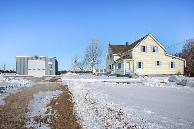 11916 Meyer Rd, Two Creeks, WI 54241 (#1677902) :: RE/MAX Service First Service First Pros