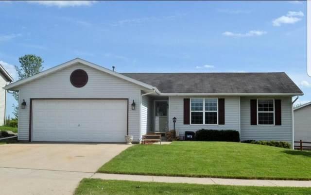625 Foxtail Dr, Hartford, WI 53027 (#1677906) :: Tom Didier Real Estate Team